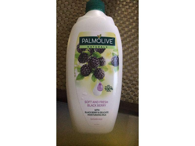 Palmolive Naturals Shower Milk, Soft & Fresh Blackberry