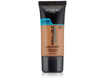 L'Oréal Paris Infallible Pro-Glow Foundation, Creme Cafe, 1 fl. oz. - Image 1