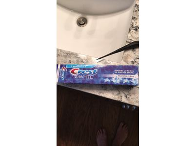 Crest 3D White Foaming Clean Whitening Toothpaste, 4.8 Ounce - Image 8