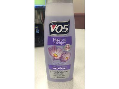 Alberto VO5 Herbal Escapes Moisturizing Shampoo, Free Me Freesia, 12.5 (5 Pack) - Image 3