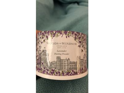 Woods of Windsor Body Dusting Powder with Puff for Women, Lavender, 3.5 Ounce - Image 3