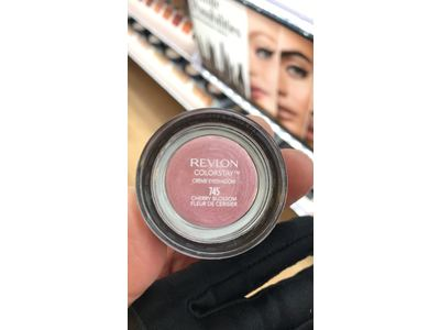 Revlon ColorStay Crème Eye Shadow, Cherry Blossom - Image 3