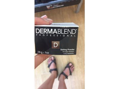 Dermablend Loose Setting Powder, Original, 1 oz - Image 11