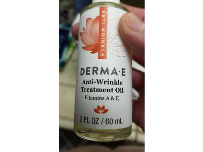 DERMA E Anti-Wrinkle Treatment Oil with Vitamin A and Vitamin E, 2oz - Image 3