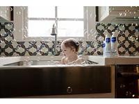 Mustela Multi-Sensory Bubble Bath, 6.7 fl oz - Image 9