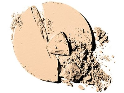 Maybelline New York Fit Me Matte + Poreless Powder, 220 Natural Beige, 0.30 Ounce - Image 3