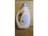 Tide Free & Gentle HE Turbo Clean Liquid Laundry Detergent, 25 Loads, 40 fl oz - Image 4
