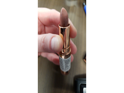 Makeup Revolution Rose Gold Lipstick, Chauffeur - Image 3