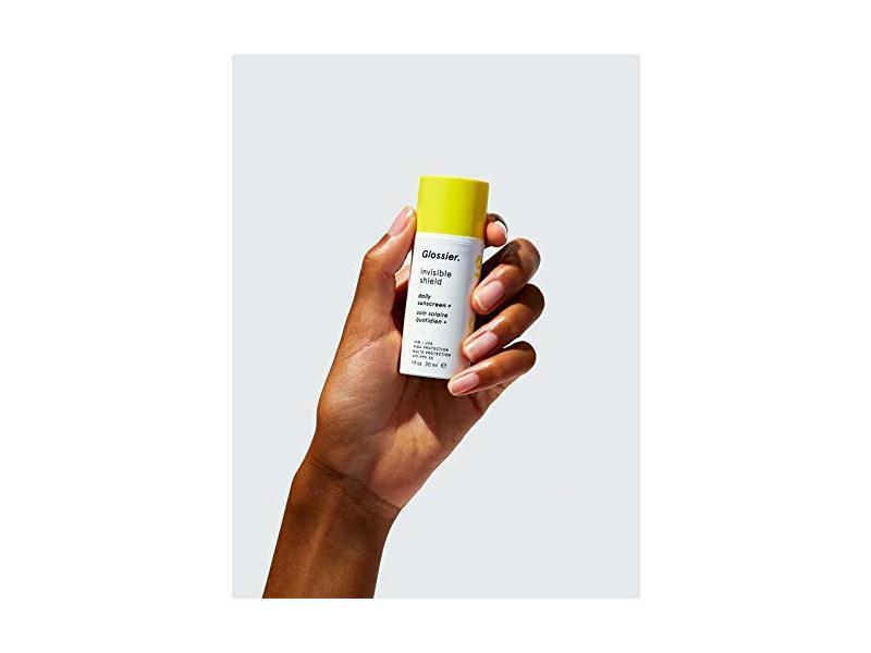 Glossier Invisible Shield Daily Sunscreen SPF 35, 1 fl oz/30 ml