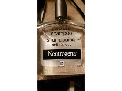 Neutrogena Anti-residue Shampoo, 350 mL - Image 4