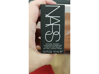 Nars Natural Radiant Longwear Foundation, Light 3 Gobi, 1.01 fl oz - Image 3