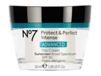 No7 Protect & Perfect Intense Anti-ageing Day Cream, SPF 30, 1.69 fl oz - Image 2