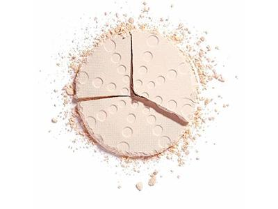Makeup Revolution London Bake And Blot Pressed Powder, Translucent, 0.19 oz - Image 6