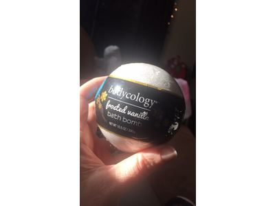 Bodycology Frosted Vanilla Bath Bomb, 10.5 oz