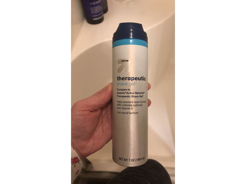 up&up Therapeutic Shave Gel