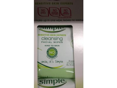 Simple Sensitive Skin Experts Cleansing Facial Wipes, 25 ct - Image 3