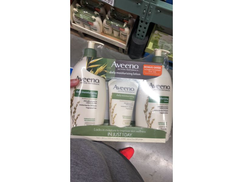 Aveeno Daily Moisturizing Lotion, 3 pack