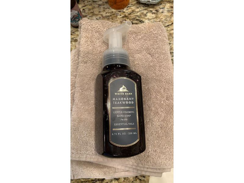 Bath Body Works White Barn Gentle Foaming Hand Soap