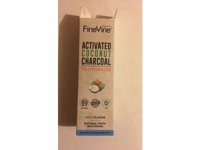 Fine Vine Activated Coconut Charcoal Toothpaste, Mint, 4 oz - Image 3