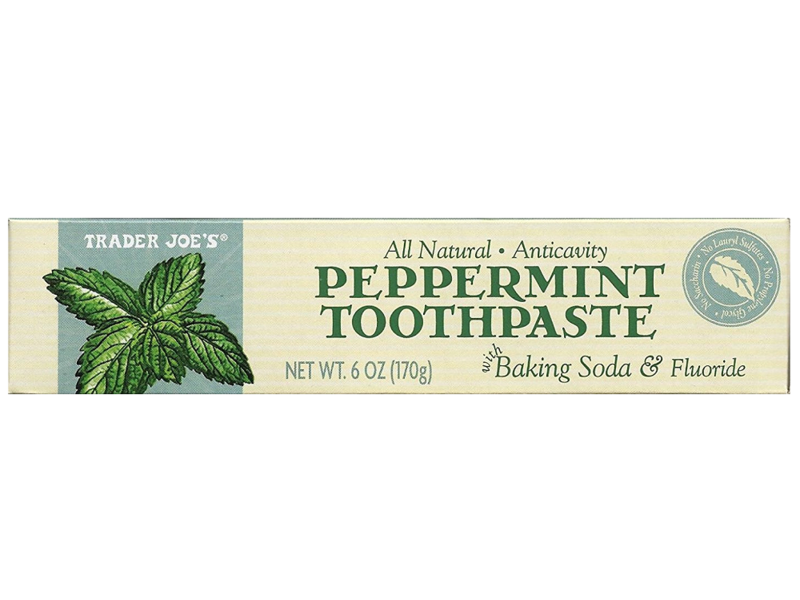 Trader Joe's All Natural Anticavity Peppermint Toothpaste,6 oz (170 g)