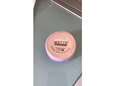 Maybelline Dream Matte Mousse Foundation, Porcelain Ivory Light 1, .64 Oz - Image 3
