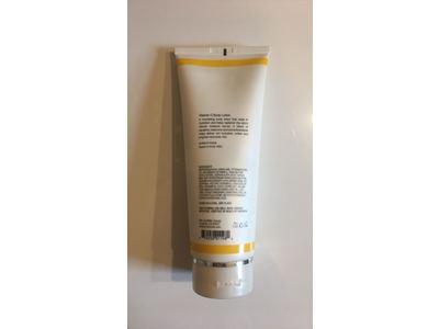 Vitamin C Body Lotion 236 ml. - Image 3