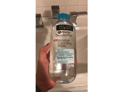 Garnier SkinActive Micellar Cleansing Water All -in-1, 13.5 fl oz - Image 3