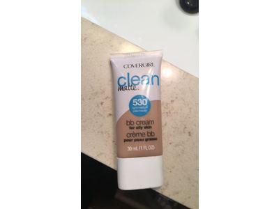 Covergirl Clean Matte Bb Cream, Light/Medium, 1 fl oz - Image 3