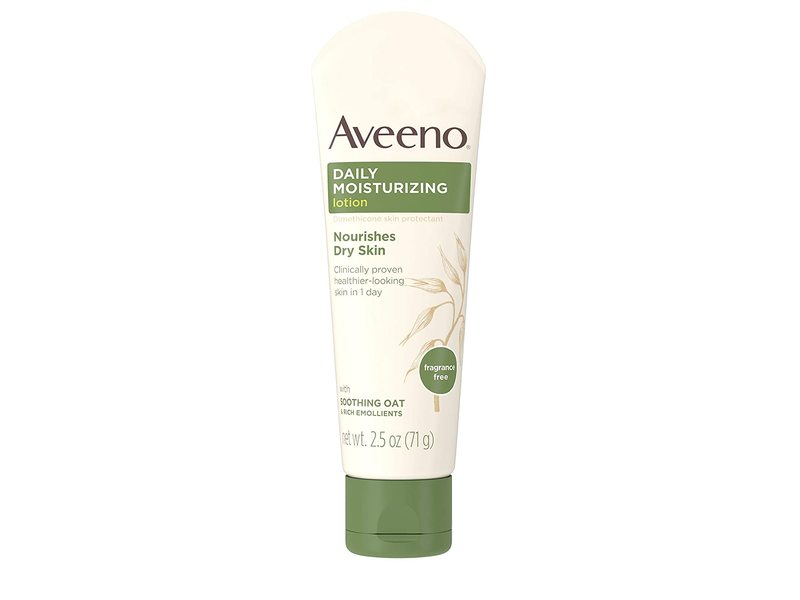 Aveeno Daily Moisturizing Body Lotion, Soothing Oat, 2.5 oz / 71 g