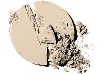 CoverGirl Clean Oil Control Pressed Powder - All Shades, Procter & Gamble - Image 6
