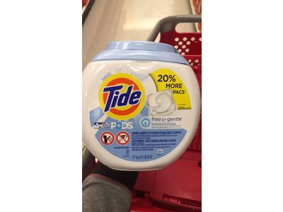 Tide Pods Free & Gentle, 51 count - Image 3