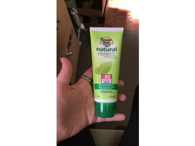 Banana Boat Natural Reflect Sunscreen Lotion SPF 50, 4 Fluid Ounce - Image 7
