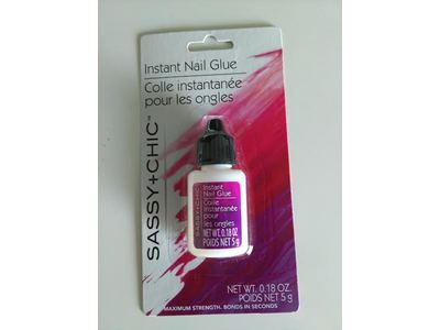 Sassy & Chic Instant Nail Glue, 0.18 oz