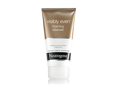 Neutrogena Visibly Even Foaming Cleanser, Johnson & Johnson - Image 1