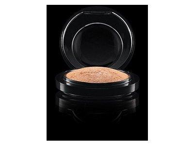 MAC Mineralize Skinfinish Global Glow - Image 1