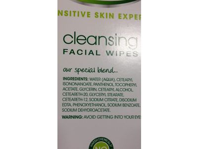 Simple Sensitive Skin Experts Cleansing Facial Wipes, 25 ct - Image 4