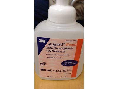 3M Avagard Foam Instant Hand Antiseptic with Moisturizers, 13.5 fl oz - Image 3